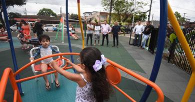 Praça ecológica é inaugurada em Praia Grande