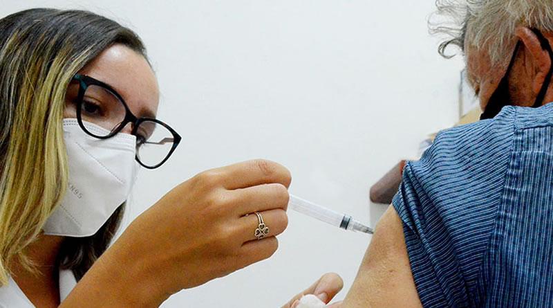"""""""Dia D da Vacinação"""" em Itanhaém para idosos com 60 anos ou mais será no sábado (29)"""