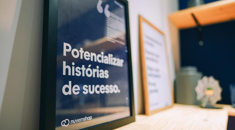 Nuvemshop e Inventivos oferecem 300 bolsas de estudo para empreendedores de baixa renda