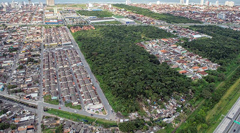 Vistoria aérea é realizada pela Prefeitura de Praia Grande em locais de preservação ambiental